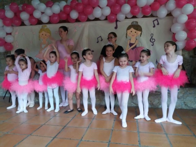 Apresentacao de ballet infantil